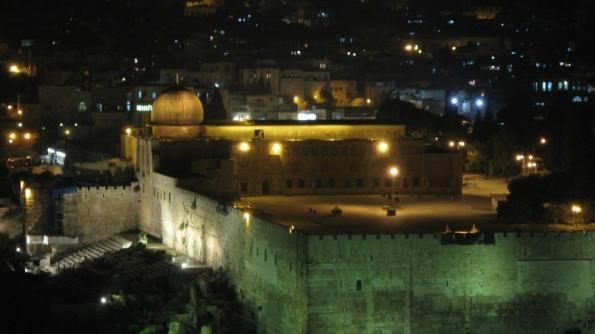 masjid_al_aqsa_in_jerusalem_palastine_night-3032